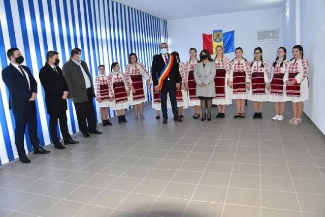 oficialitati-Voineasa Ambasadorul Tunisiei, în vizită la Voineasa