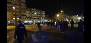 Slatina: s-au ales cu amenzi după protestul de noapte față de purtarea măștii și noile restricții