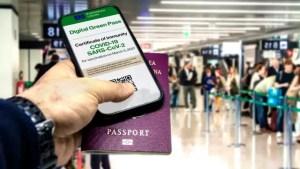 Comisarul UE pe Justiție atrage atenția asupra riscurilor pe care le-ar aduce pașapoartele naționale de vaccinare