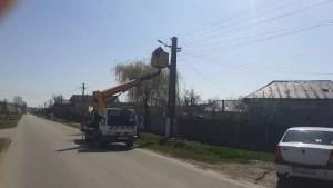 Iluminat public modern și mult mai ieftin, în comuna Cârlogani