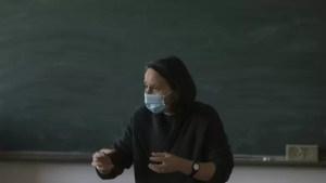 Profesorii care nu sunt vaccinați ar putea preda doar online. Cîmpeanu: E o presiune din partea părinților care ar putea duce la asta