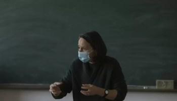 prof Profesorii nevaccinați ar putea preda doar online