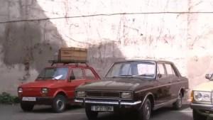Limuzina lui Nicolae Ceaușescu, scoasă la licitație