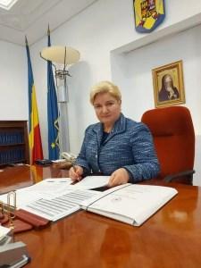 """Senatorul Siminica Mirea: """"Actuala situaţie în care românii cheltuie pentru consum aproape 85% din câştigurile lunare este de NEACCEPTAT!"""""""