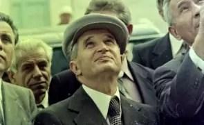 Basca lui Nicolae Ceaușescu a fost scoasă la vânzare: o cruce din onix și os primită de fostul lider comunist poate fi cumpărată cu 300 de euro