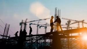 Guvernul a dublat numărul de străini din afara UE admiși pe piața forței de muncă