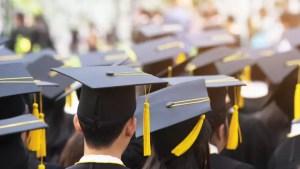 Universităţile au dat startul admiterii după BAC. Candidații care își depun dosarul în format fizic au parte de facilități