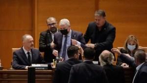 Florin Roman preia conducerea Camerei Deputaților pentru următoarele două săptămâni