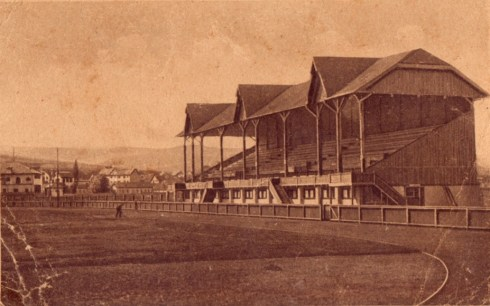 Stadionul din Cluj, așa cum arăta acum 100 de ani. Fotografie din arhiva personală