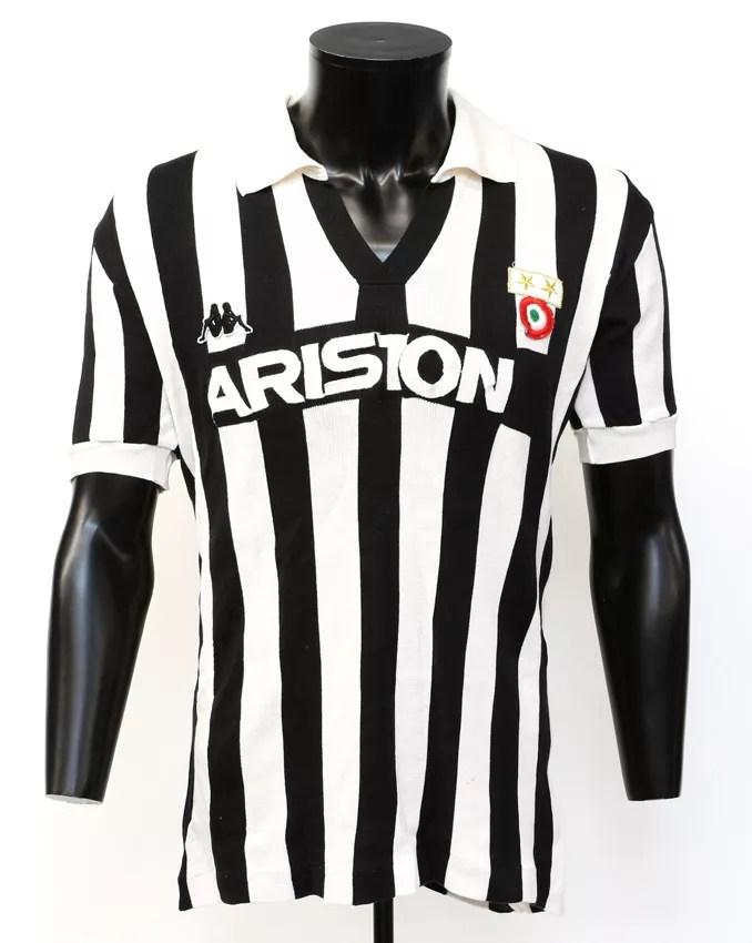 WEB Camisa Michel Platini Juventus estimada £ 2000-4000.jpg