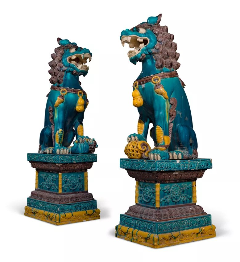 Estatuas de leones budistas