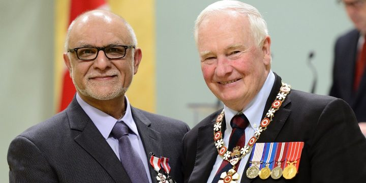 From left: Dr. Mohamed Ravalia with His Excellency the Right Honourable David Johnston, governor general of Canada.