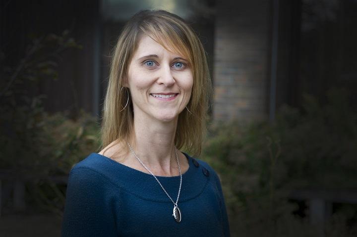 Dr. Lisa Bishop