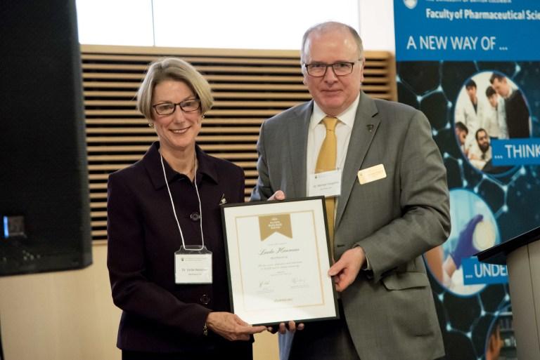 Dr. Linda Hensman receives the University of British Columbia Alumni Award.