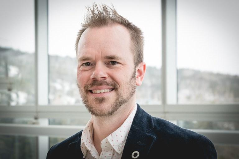 Dr. Craig Moore