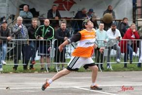 Ballon au poing (Reynald Valleron (118)