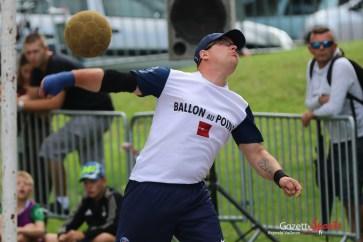 Ballon au poing (Reynald Valleron (37)
