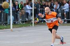 Ballon au poing (Reynald Valleron (48)