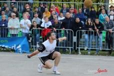 Ballon au poing (Reynald Valleron (65)