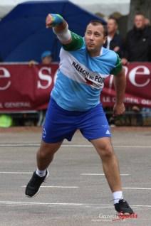 Ballon au poing (Reynald Valleron (98)