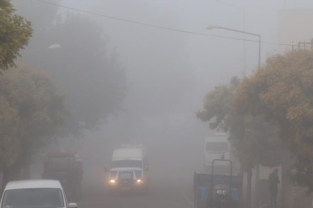 Araban'da sis hayatı olumsuz etkiledi