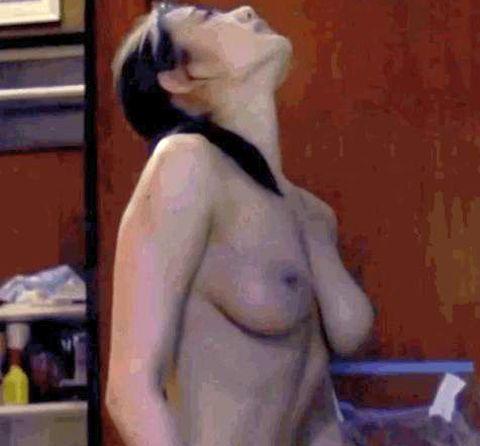 片山萌美乳首 (8)