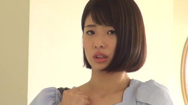 川上奈々美 (21)