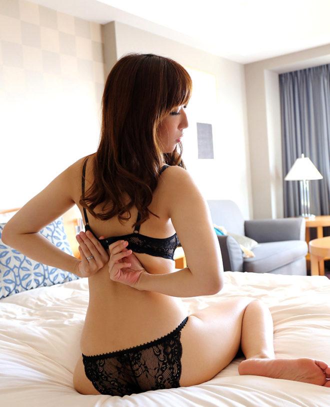 彩奈リナ (15)