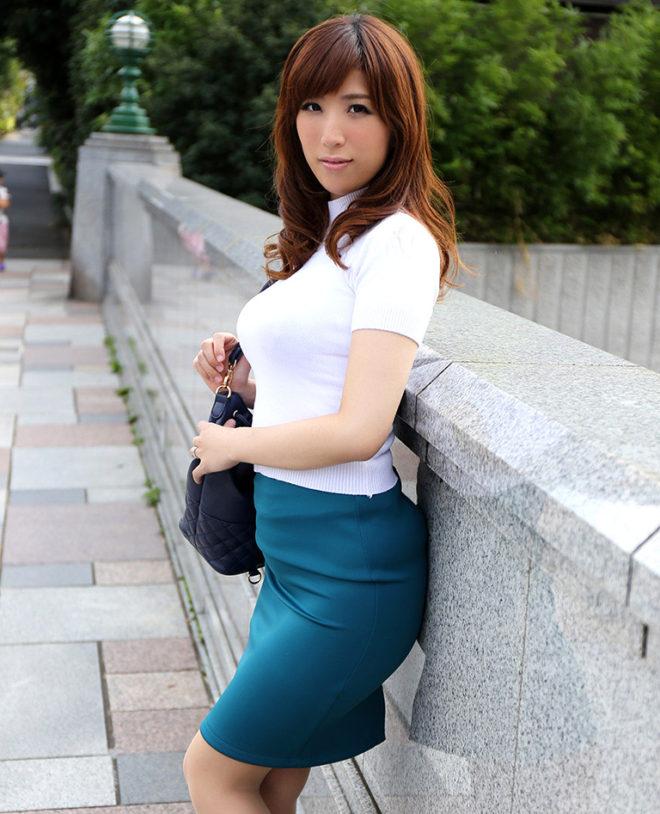 彩奈リナ (2)