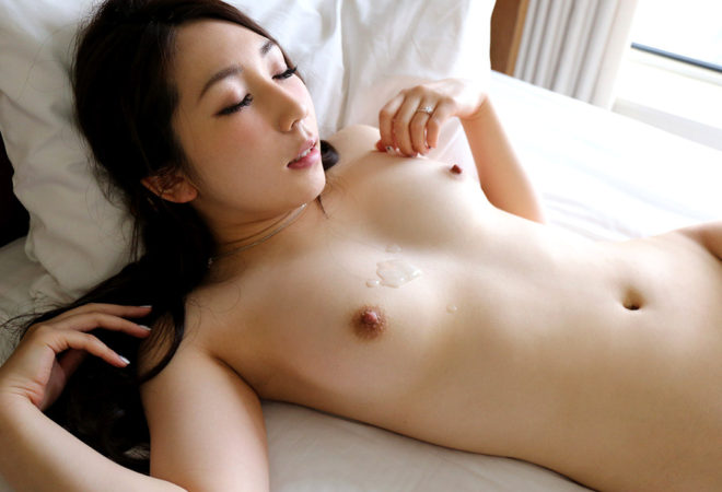 水谷なな (24)