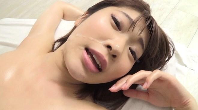石川祐奈 (82)