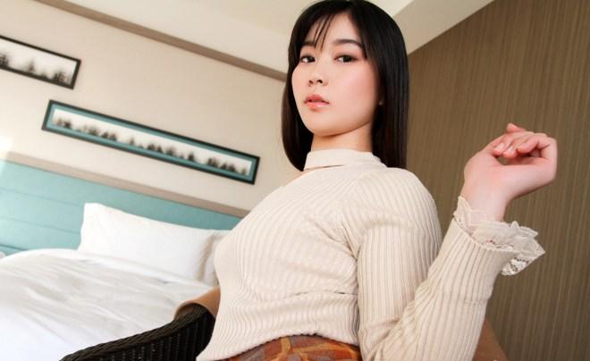 あゆみ莉花 (24)
