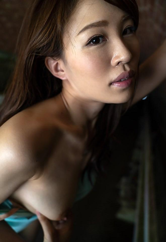 凛音とうか (59)