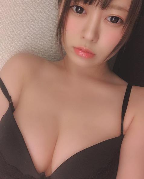 古賀(こが)まつな (2)