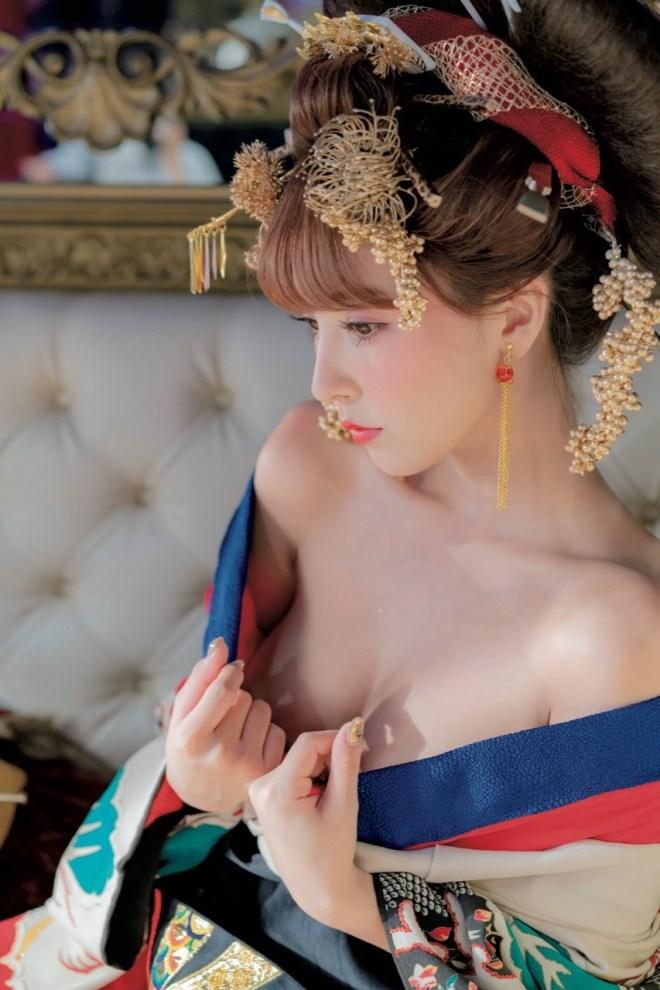 三上悠亜_花魁 (6)