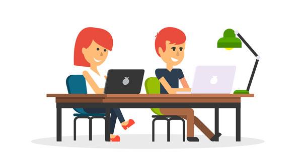 dos emprendedores eligen dominio de internet