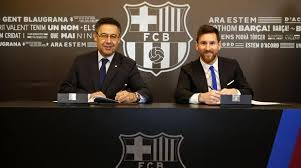 Lionel Messi renews contract with FC Barcelona till 2021