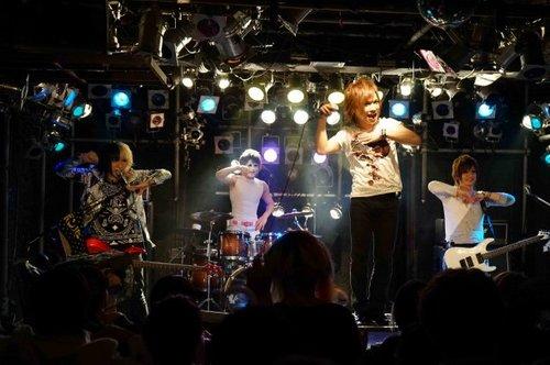 news_large_GB_songs_02.jpg