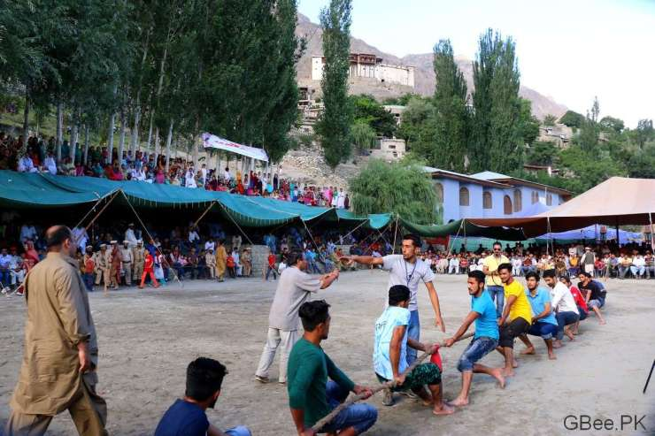 Tug of War between two villages in Karimabad