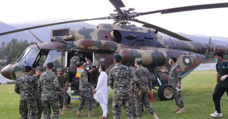 Pakistan Army Helicopter Chitral
