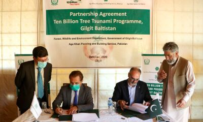 Mr. Nawab Ali Khan, CEO, AKAH,P and Mr. Shah Zaman, Secretary, Forest and Wildlife, Department of Gilgit-Baltistan are signing the MoA.