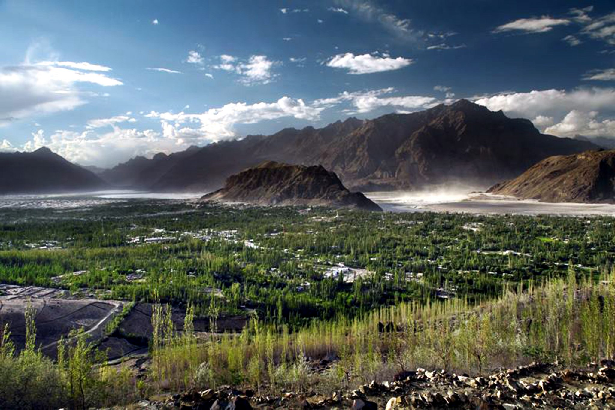 Top Ten Most Beautiful Places And Tourist Destination To Visit At Skardu City Gbit