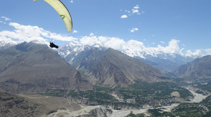 Paragliding Crash In Pakistan