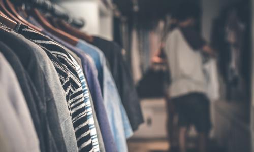 Inflação de roupas esfria em janeiro