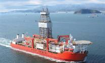 Seadrill Beats Estimates, Says Oil Industry May Be 'At or Near Bottom'