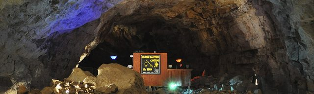 cropped-suite-full-cave-view.jpg