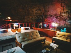 Caverncouch