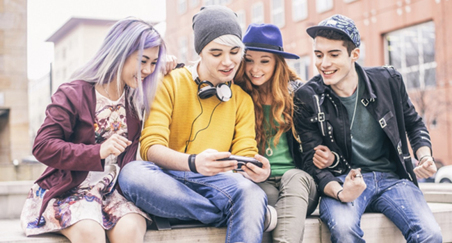 7 Proven Ways For Engaging Gen Z On Social Media