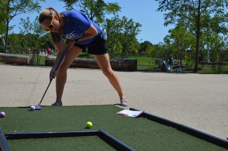 Experimentation is a core component to the learning process. Jessica experiments with an alternative putting form.