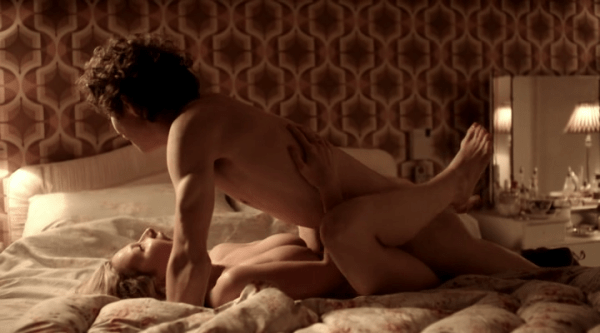 Robert sheehan naked on camera having sex in Misfits showing he is one of the sexiest Irish actors.